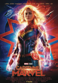 Poser pour Capitaine Marvel