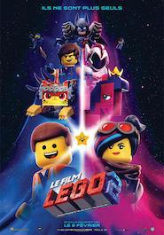 Poser pour Le film Lego 2
